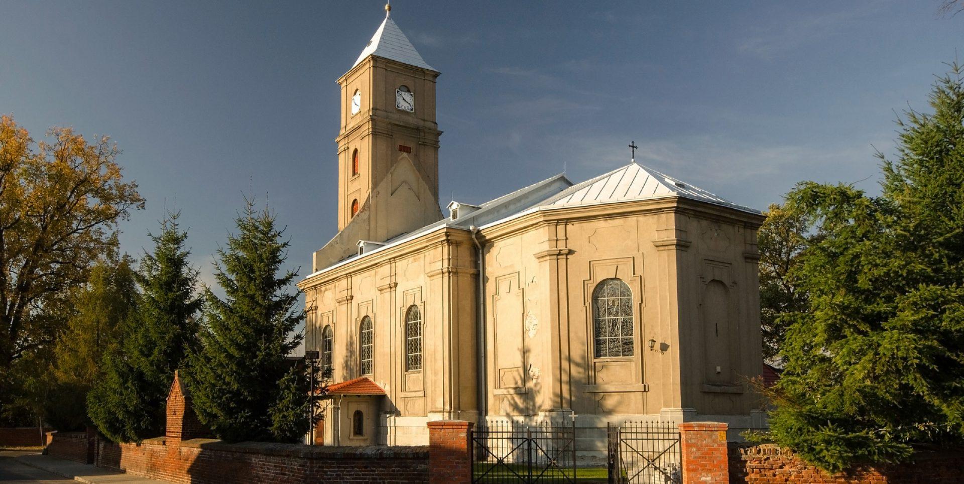 Parafia Gajków